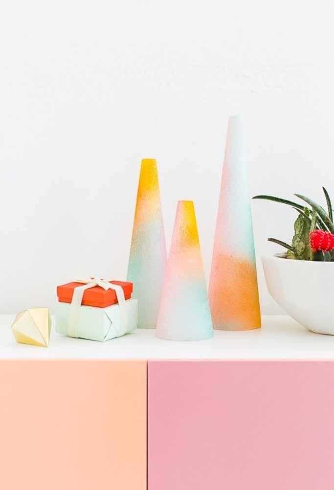Produza itens natalinos para combinar com a decoração da casa