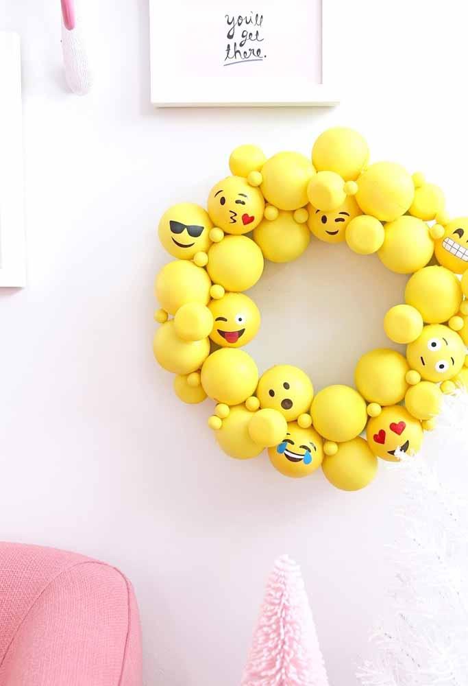 O que acha de brincar com os emojis?