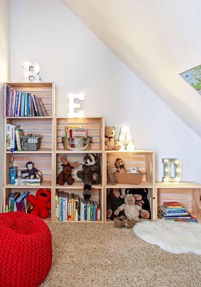 Faça um armário só para guardar as coisas das crianças