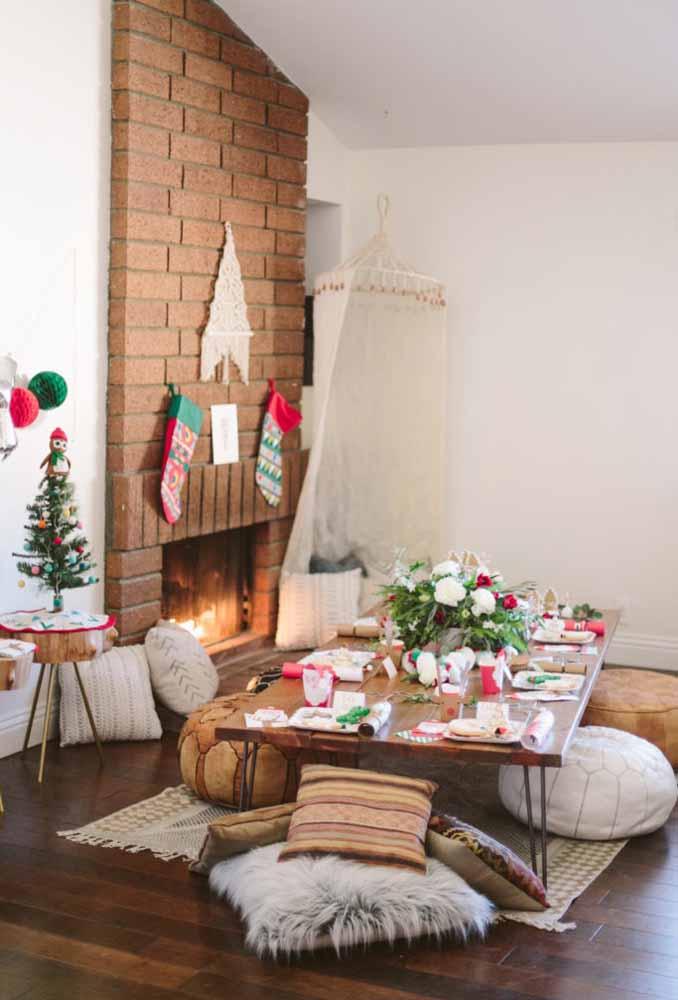 Que tal fazer uma mesa especial para a criançada fazer a ceia de natal?