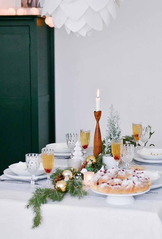 Faça uma decoração de natal simples, sem exagerar nos detalhes