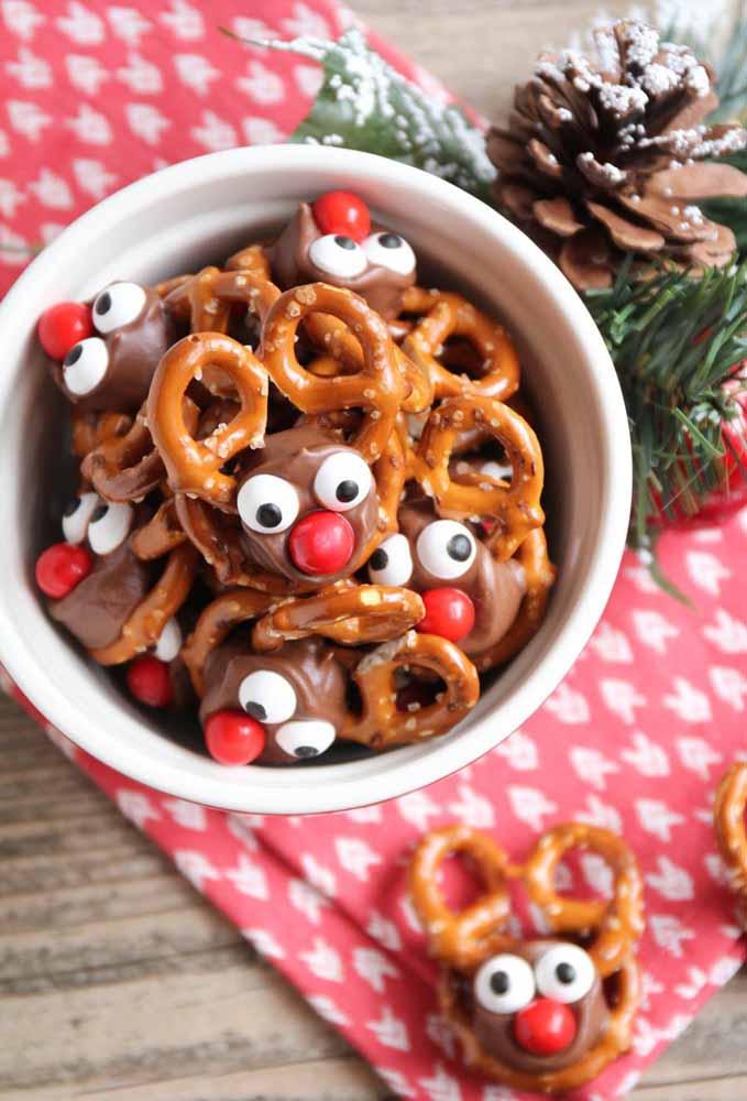 Quebre a seriedade da ceia de natal com doces engraçados