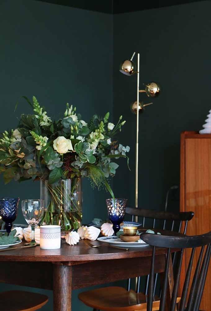 Uma decoração simples deixa o ambiente mais intimista