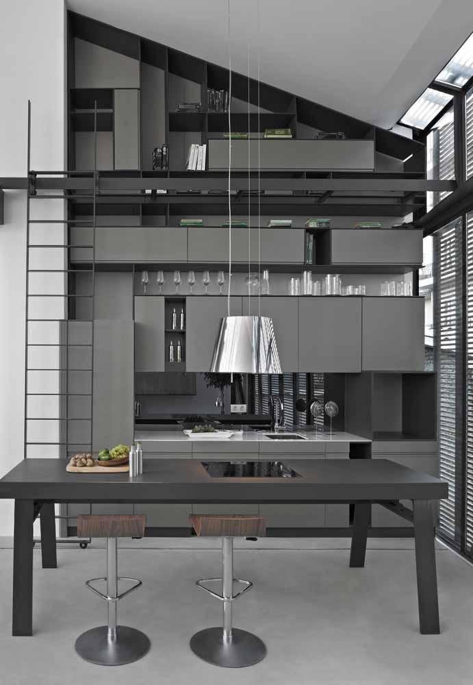 Um espaço pequeno fica mais aconchegante com os móveis bem distribuídos