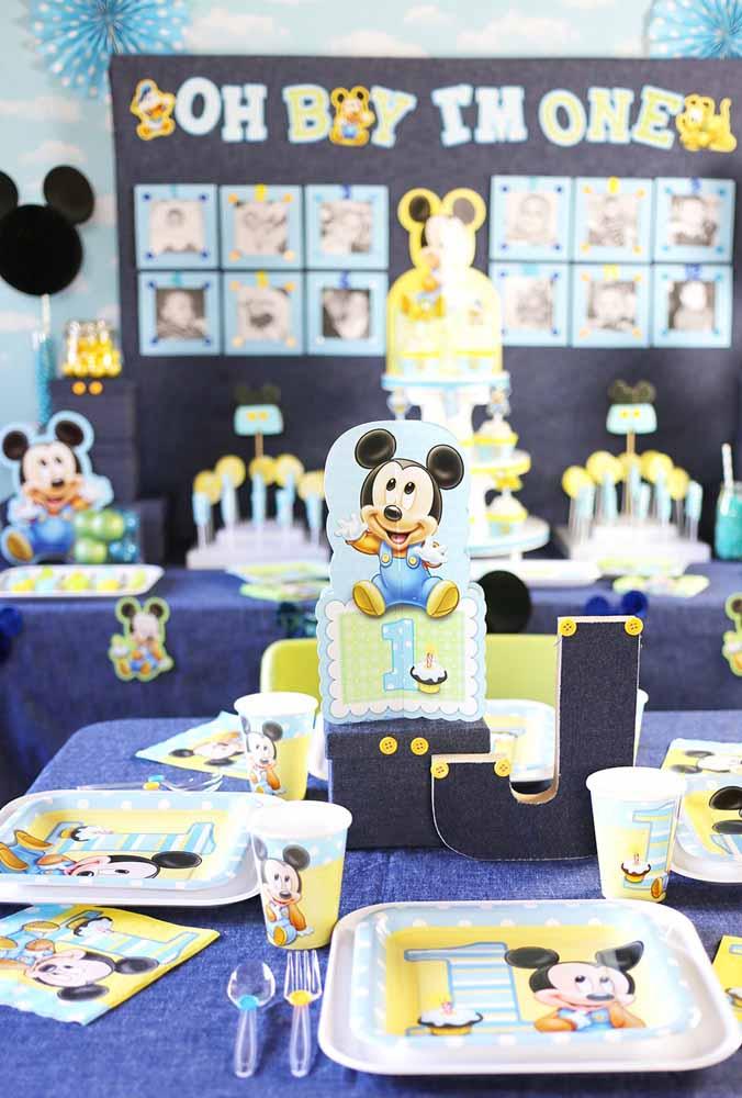 Se o aniversário é de 1 ano, nada mais justo do que fazer uma decoração com o Mickey baby