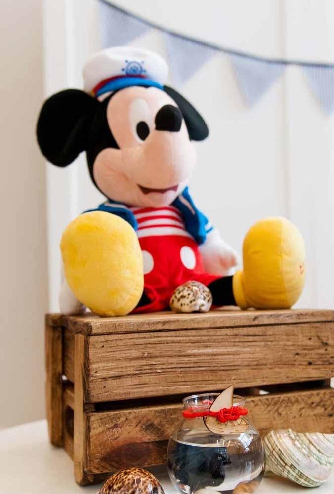 O boneco de pelúcia do Mickey vai fazer a alegria das crianças