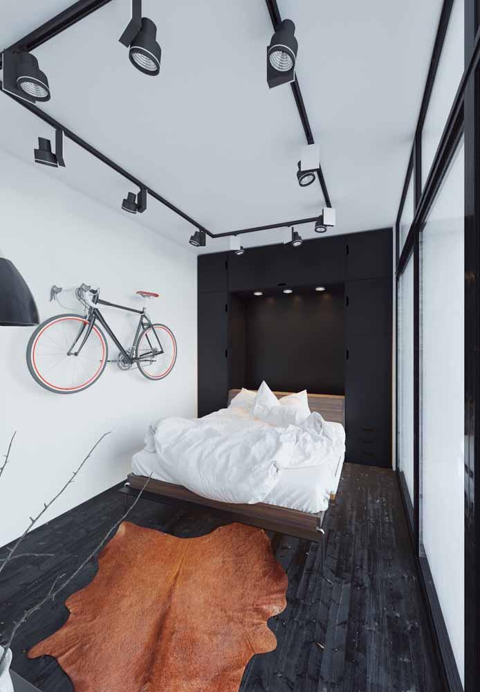 Guarda-roupa emoldurando a cama: uma ótima solução para otimizar o espaço do quarto