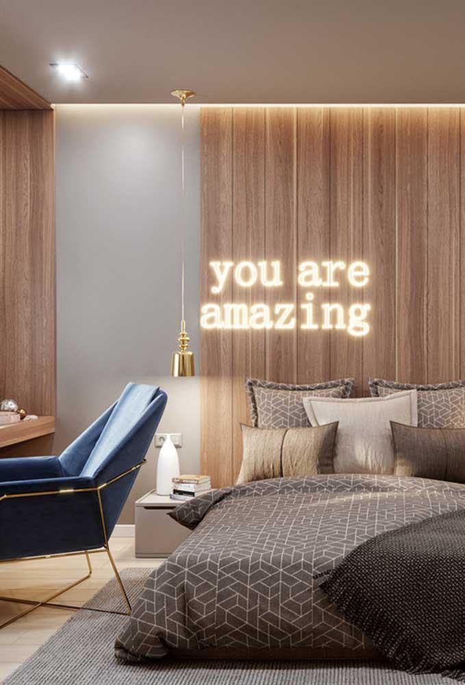 Ou na parede do seu quarto, mas sempre com frases positivas