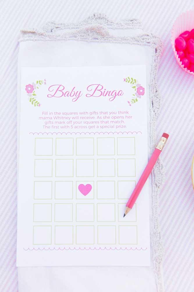 O bingo não pode faltar no chá de bebê, mas faça de uma forma diferente para mais convidados acertarem e receberem uma lembrancinha da festa