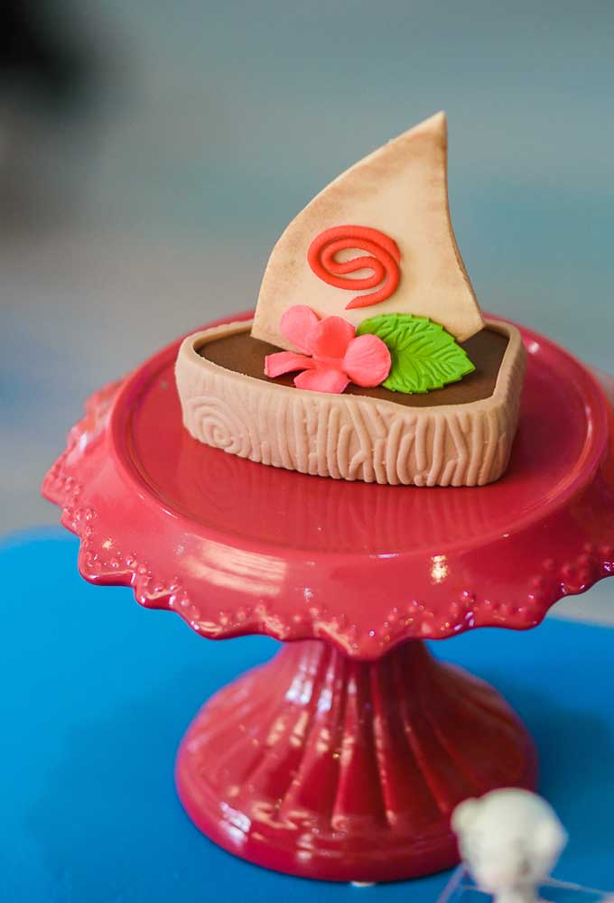 A sobremesa pode ser servida com uma decoração diferenciada