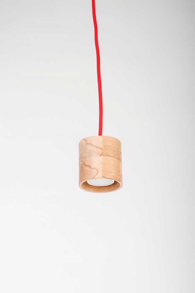Luminária de madeira mais sofisticada para colocar no teto da casa
