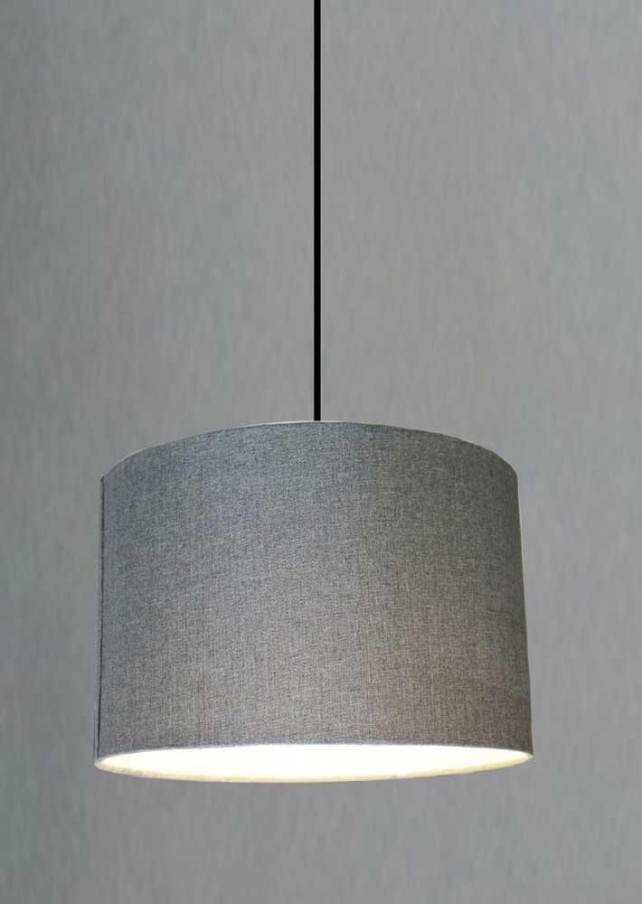 Com feltro ou tecido você pode cobrir o PVC para proporcionar uma iluminação mais suave