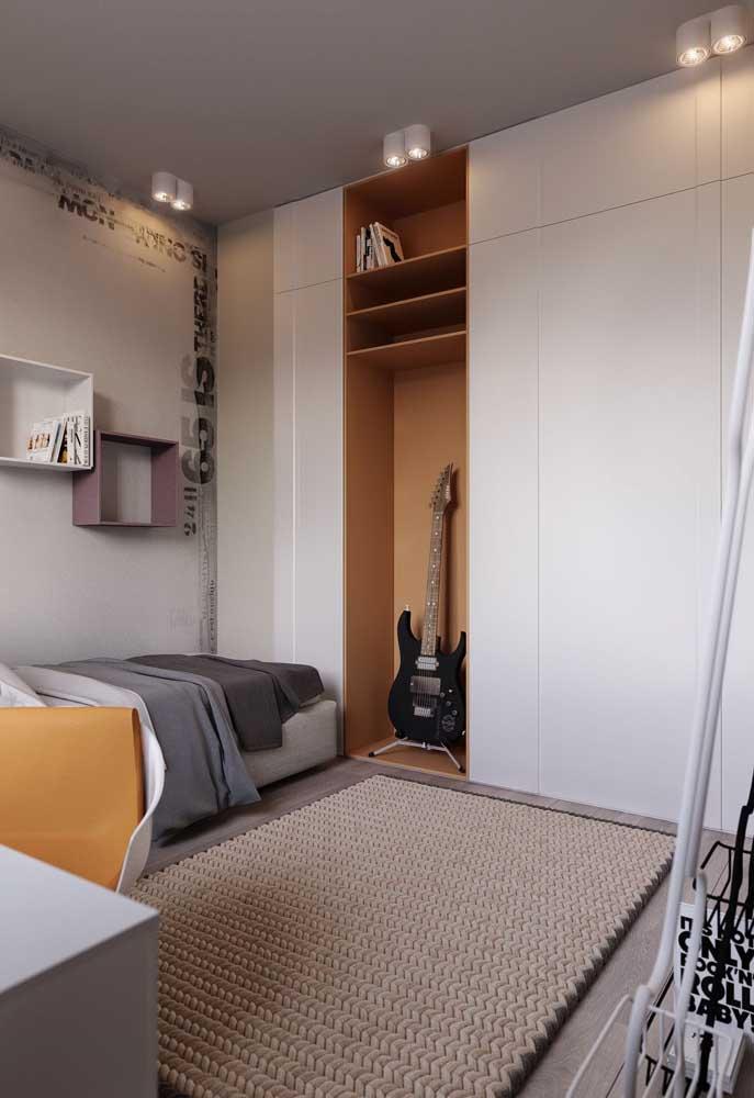 Um quarto simples e confortável é mais do que suficiente para deixar o adolescente satisfeito.