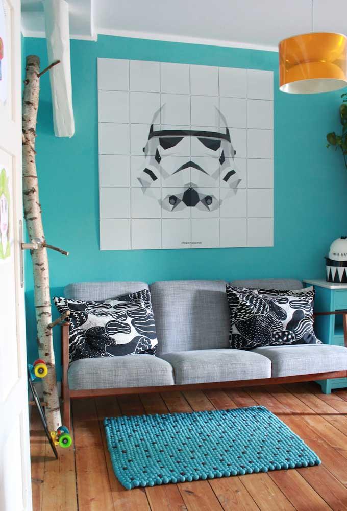 Os painéis de parede são fundamentais na hora de preparar uma decoração. No quarto de adolescente use elementos de acordo com o tema da decoração.