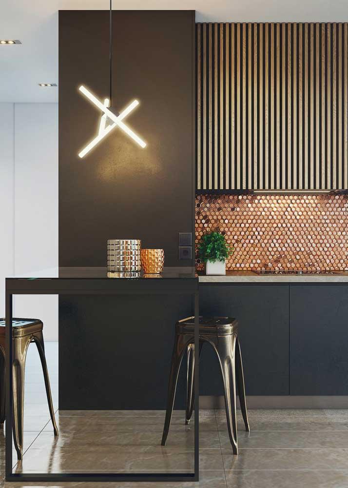 Pastilhas de vidro para trazer aquele toque de glamour e sofisticação à cozinha