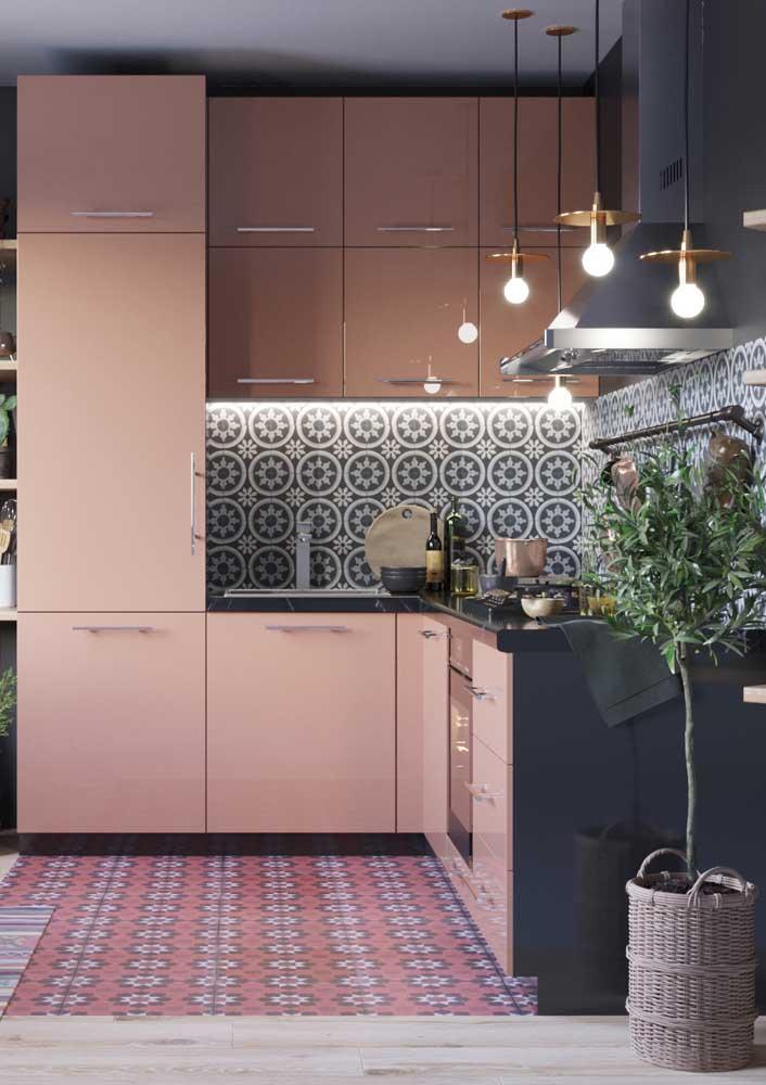 Uma cozinha romântica e retrô com todos os elementos que ela tem direito