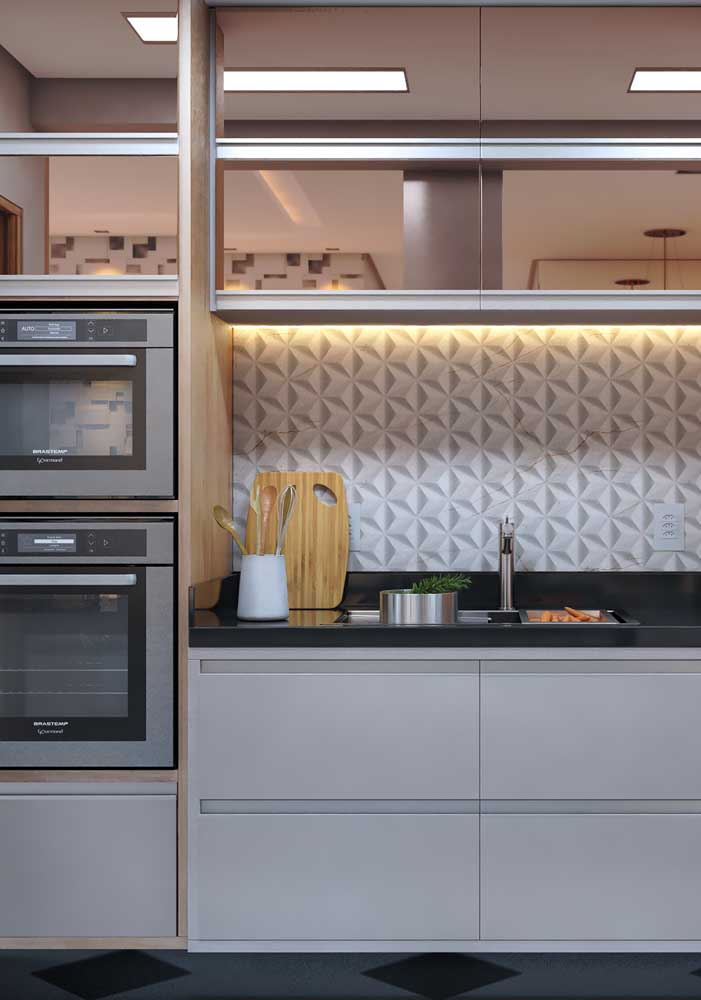 Parede 3D iluminada para dar aquele toque a mais na cozinha