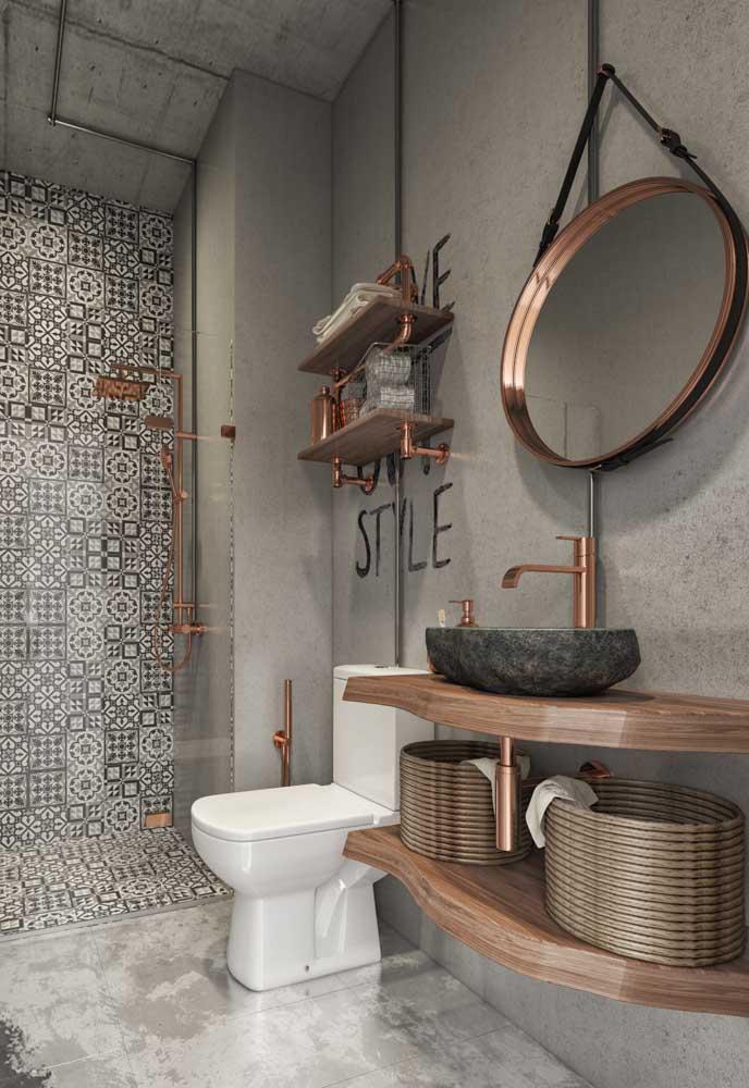 Para um banheiro com estilo moderno você pode adotar alguns itens decorativos na cor rosé gold