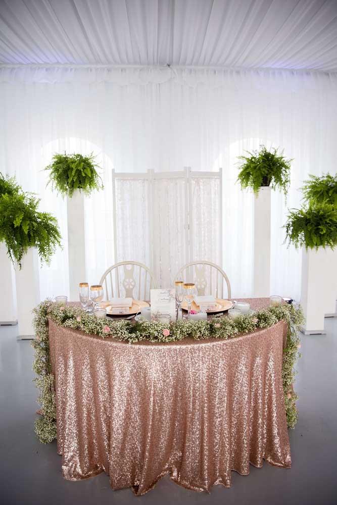 O tom rosé gold é a grande tendência das decorações de eventos como casamento e 15 anos