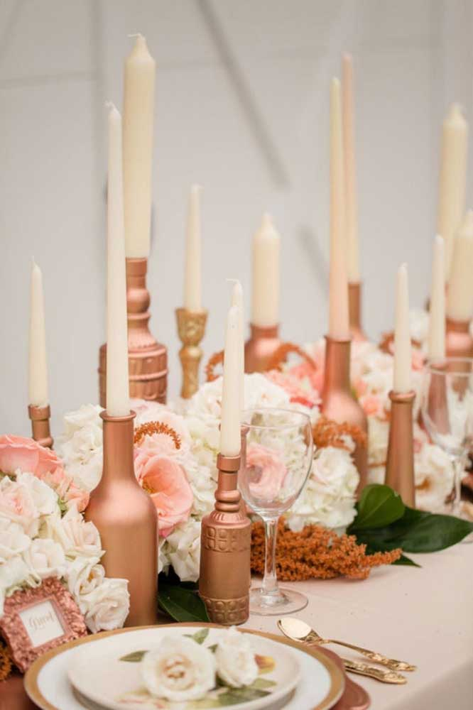 Se a intenção é fazer uma decoração mais suave, aposte na cor rosé gold