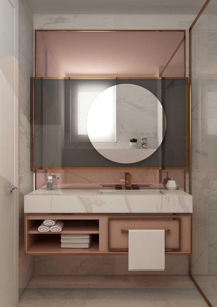 Que tal investir no armário de banheiro na cor rosé gold?