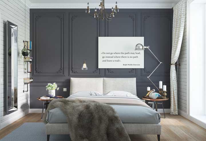 Escolha objetos de decoração para o quarto que combine com todos os móveis