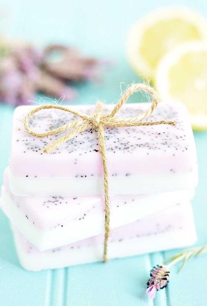 Dependendo do produto que for usado no sabonete decorado é possível