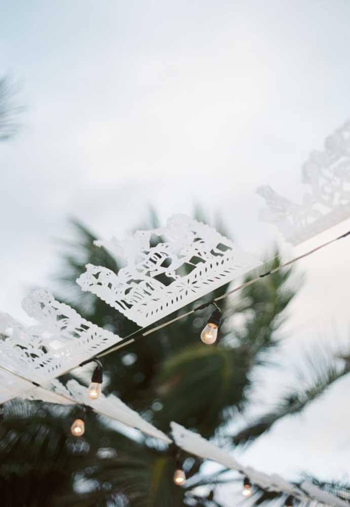 Se você gosta de peças artesanais, use-as na decoração da festa de casamento.