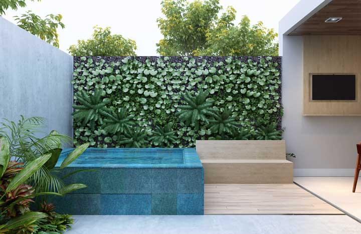 O jardim suspenso ajuda a trazer beleza, frescor e vida para os momentos de descontração e relaxamento