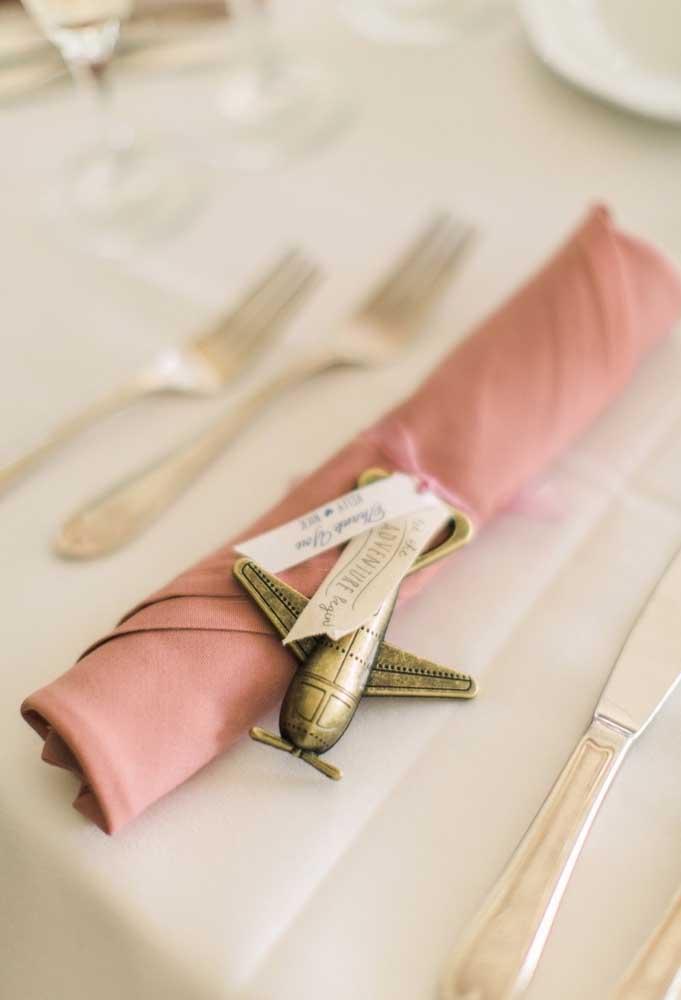 Detalhes singelos fazem toda a diferença quando se pensa em uma decoração de casamento.