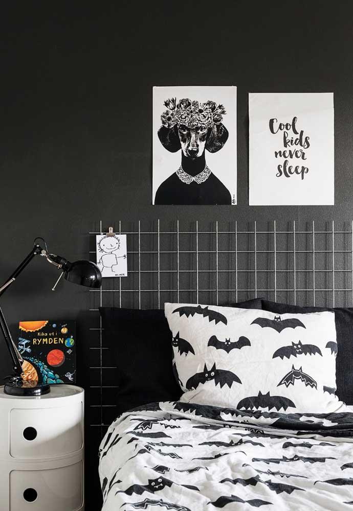 O tema morcego é excelente para quem deseja ter um quarto todo preto. Pode ser uma ótima opção para o quarto dos meninos.
