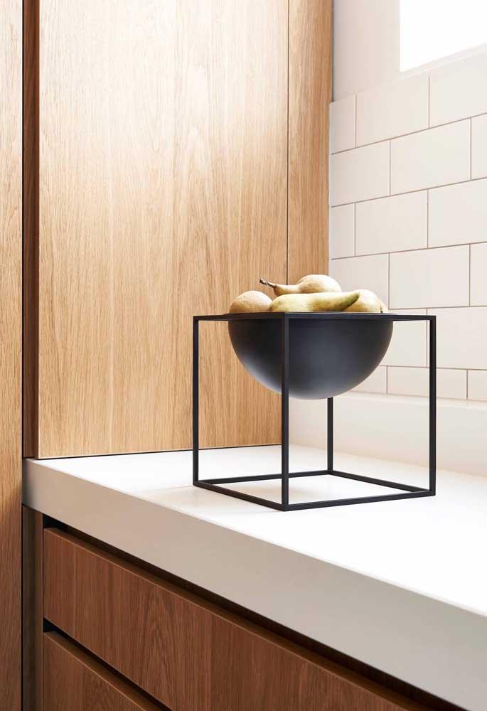 Que tal apostar em uma fruteira moderna para decorar sua cozinha?