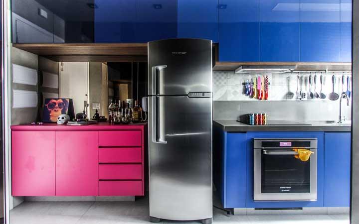 Que tal fazer uma cozinha que atenda tanto os meninos quanto as meninas?