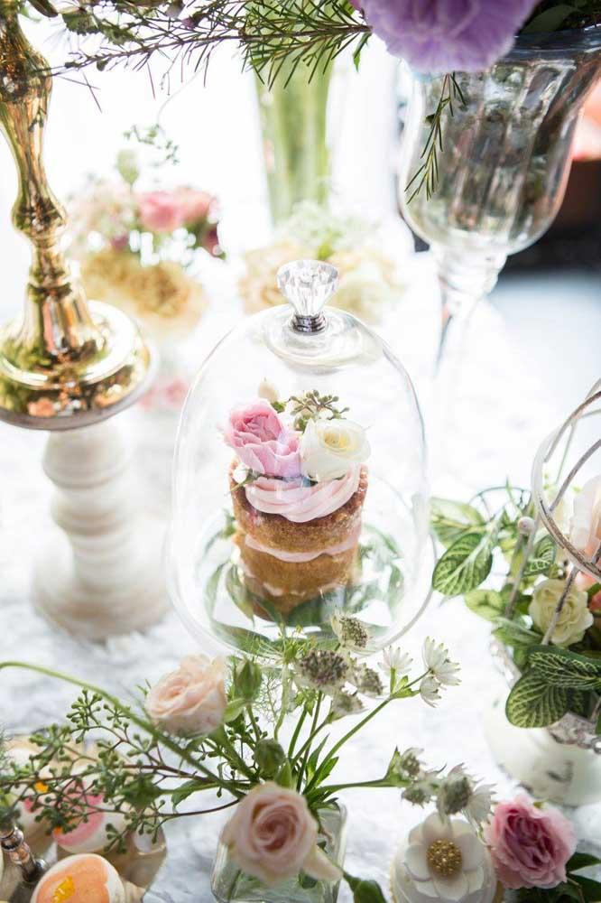 Na festa Jardim Encantado a leveza e suavidade devem estar presentes em cada detalhe da decoração.
