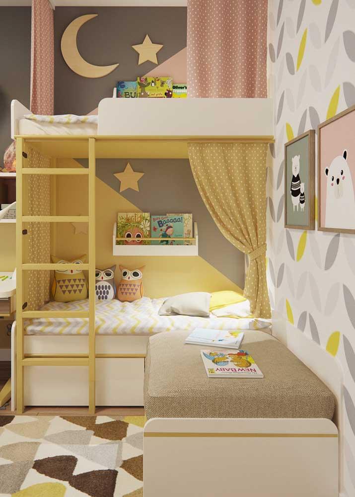 Escolha um modelo de beliche com o perfil das crianças e peça a ajuda delas para decorarem o espaço com você.