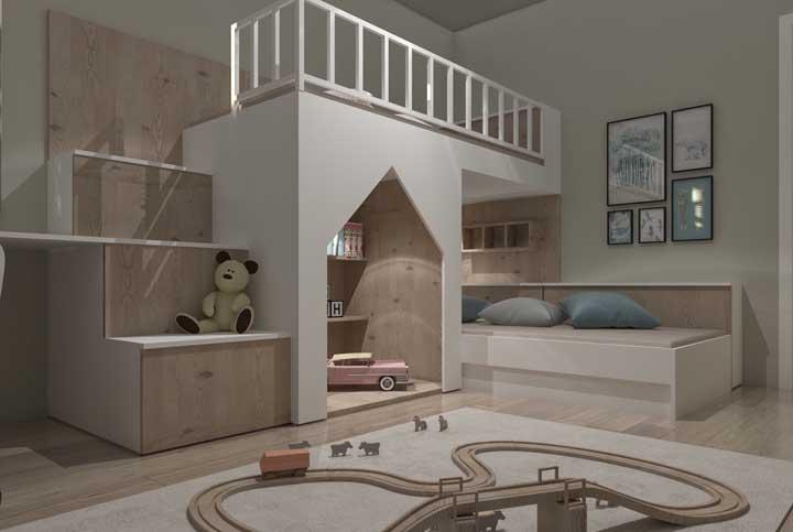 Para um quarto bem infantil, faça uma decoração usando os espaços para colocar os brinquedos. As crianças devem se sentir mais seguras e aconchegantes.