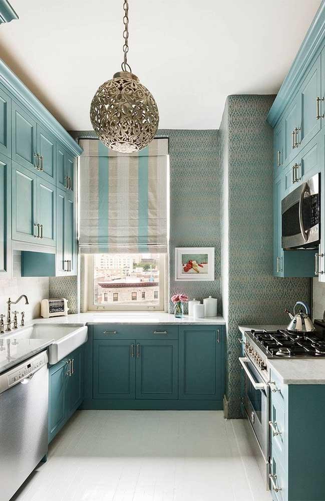 Os papéis de parede chegaram para substituir a pintura das paredes, principalmente, em cômodos como a cozinha.