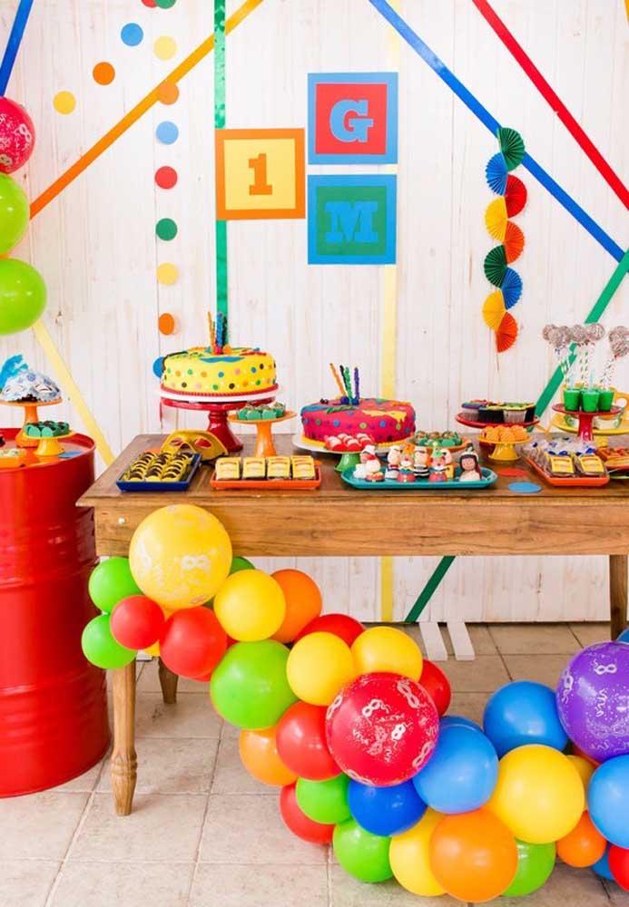 Para aqueles que fazem aniversário em pleno carnaval, nada melhor do que comemorar a data em grande estilo.