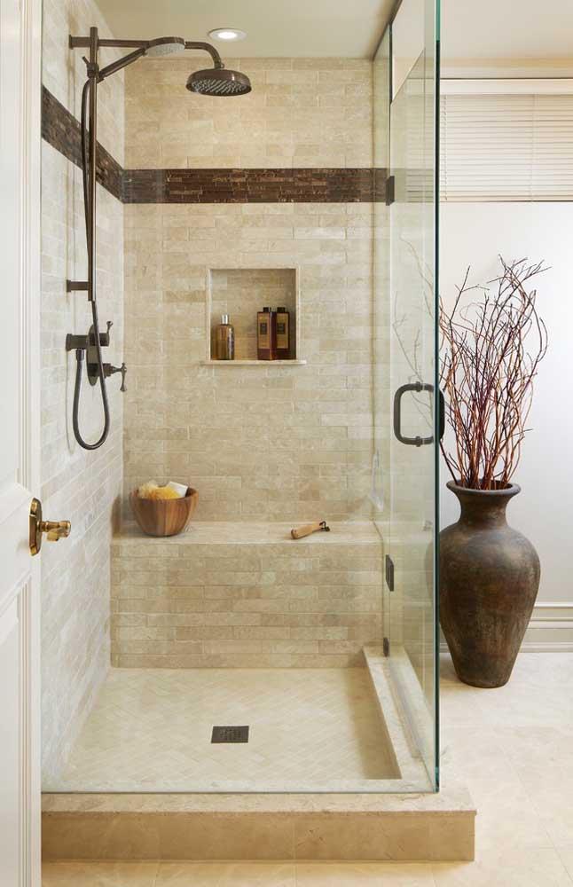Vaso de chão para o banheiro, uma bela proposta não é mesmo?