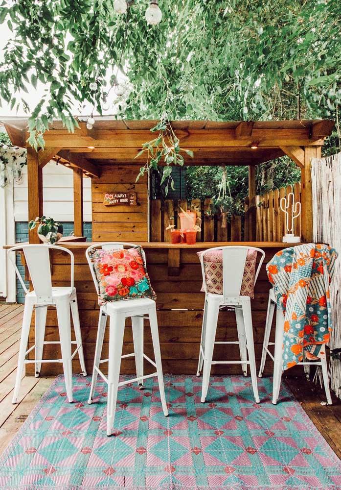 Área gourmet com cara de bar praiano