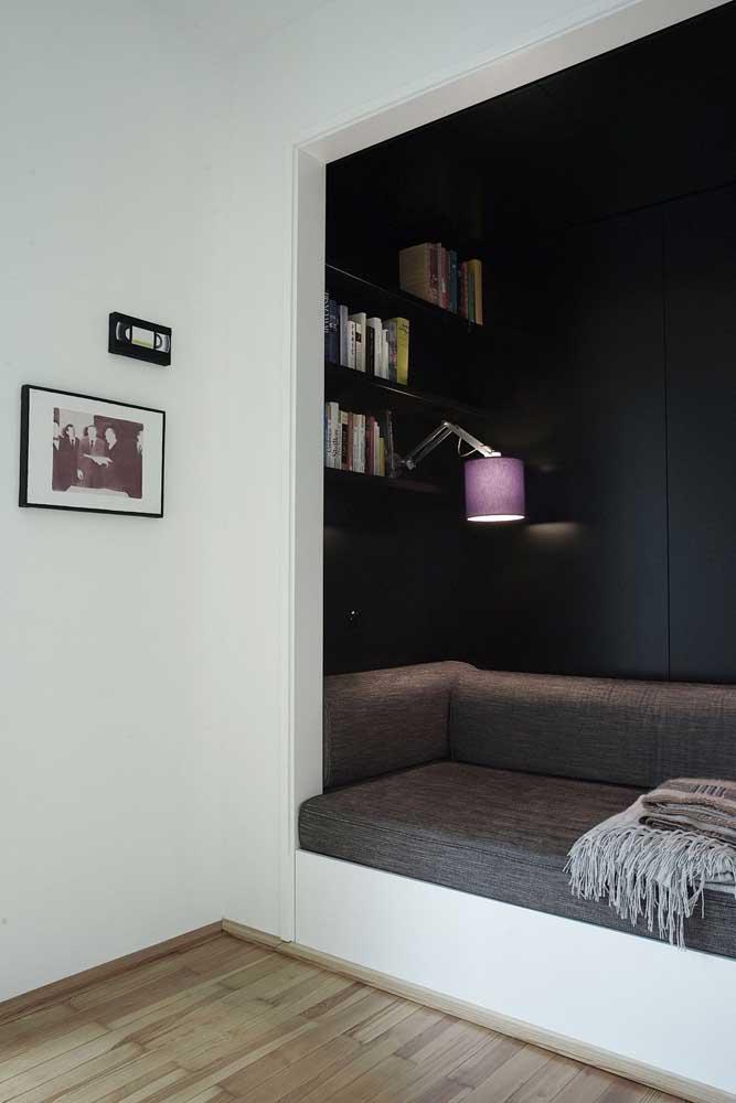 Abra um espaço para o cantinho da leitura na parede, literalmente