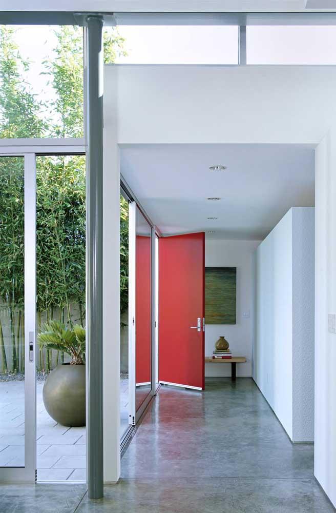 A escolha das cores na hora de fazer uma decoração deve ser bem criteriosa, principalmente, se você for usar o cimento queimado no piso.