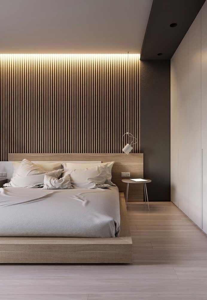 O quarto ganhou uma iluminação potencializada e super bonita com a fita de LED; ideia que só o forro de gesso consegue garantir