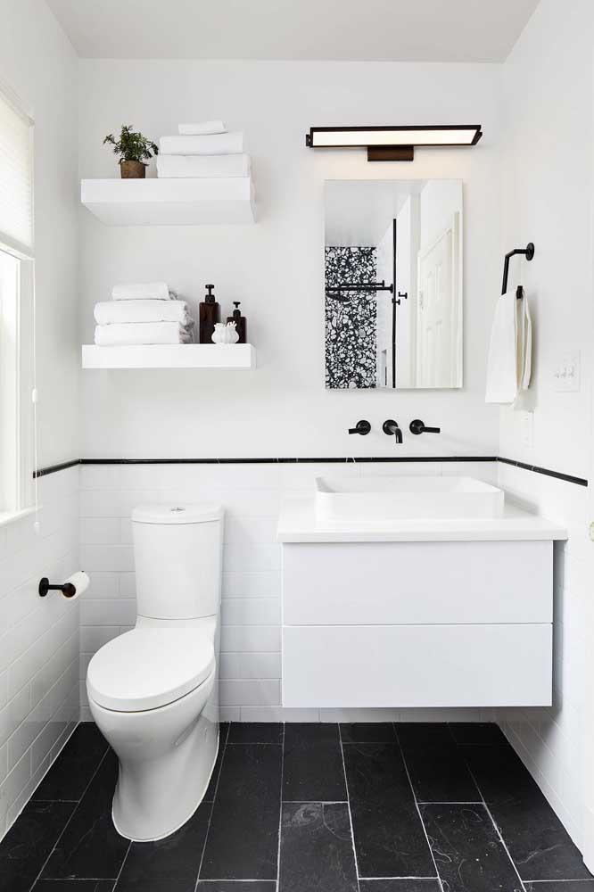 Para os fãs de banheiros brancos