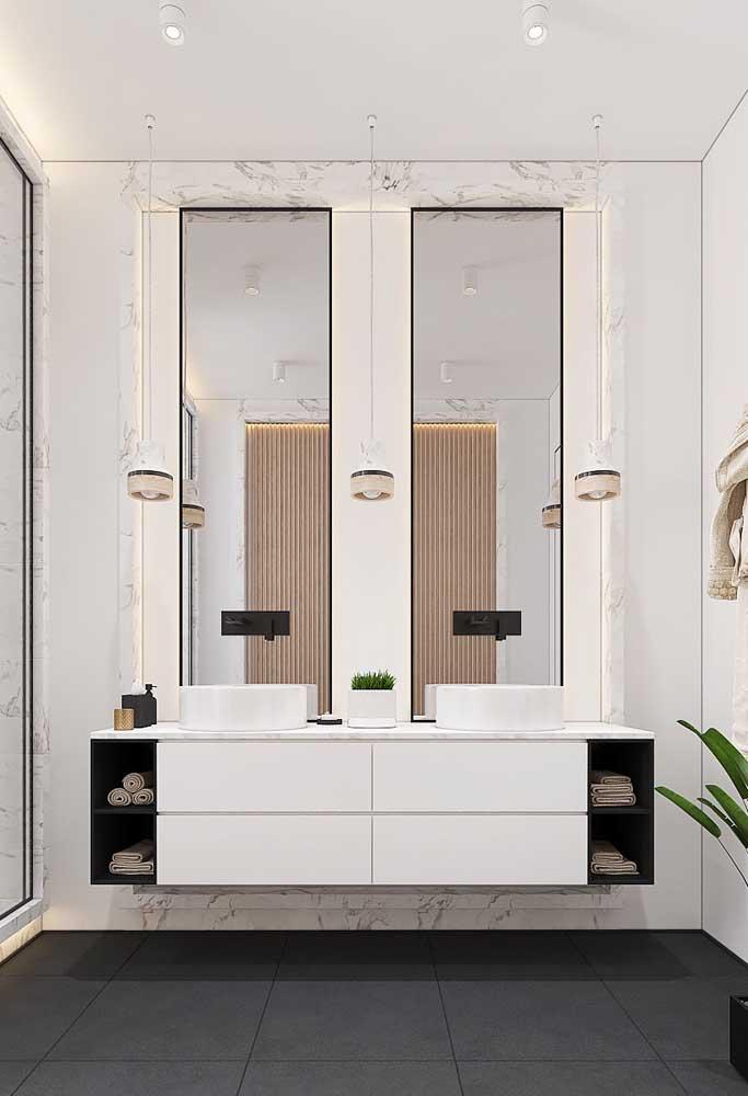 Gabinete de banheiro duplo; o que tem de um lado, tem do outro
