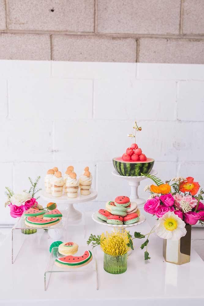 Mesa de guloseimas saudável se faz assim: com frutas!