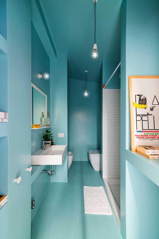 Azul da cor do mar: cor ideal para um banheiro SPA dentro de casa