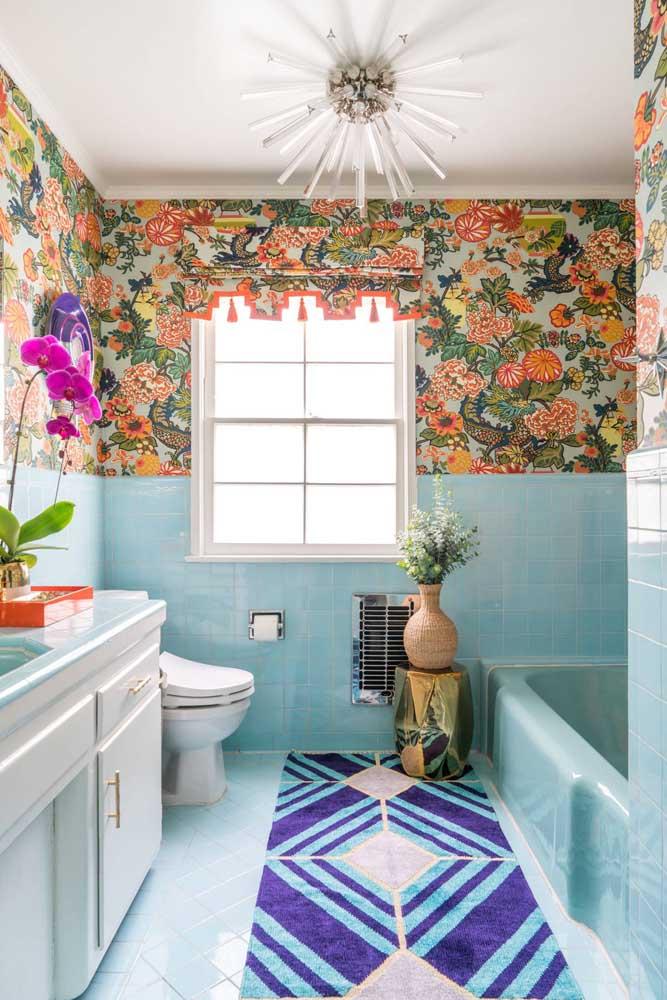 Mais um modelo de banheiro para os extrovertidos de plantão