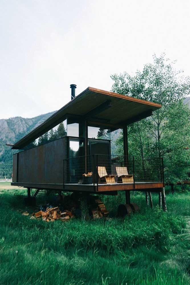 O simples não precisa ser básico e comum, pelo contrário, esse modelo de casa vem para provar que uma casa simples pode ser mais inovadora do que se imagina
