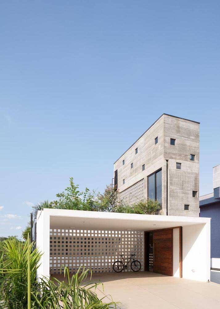 Modelo de casa com garagem na frente, afinal esse é um espaço mais do que necessário